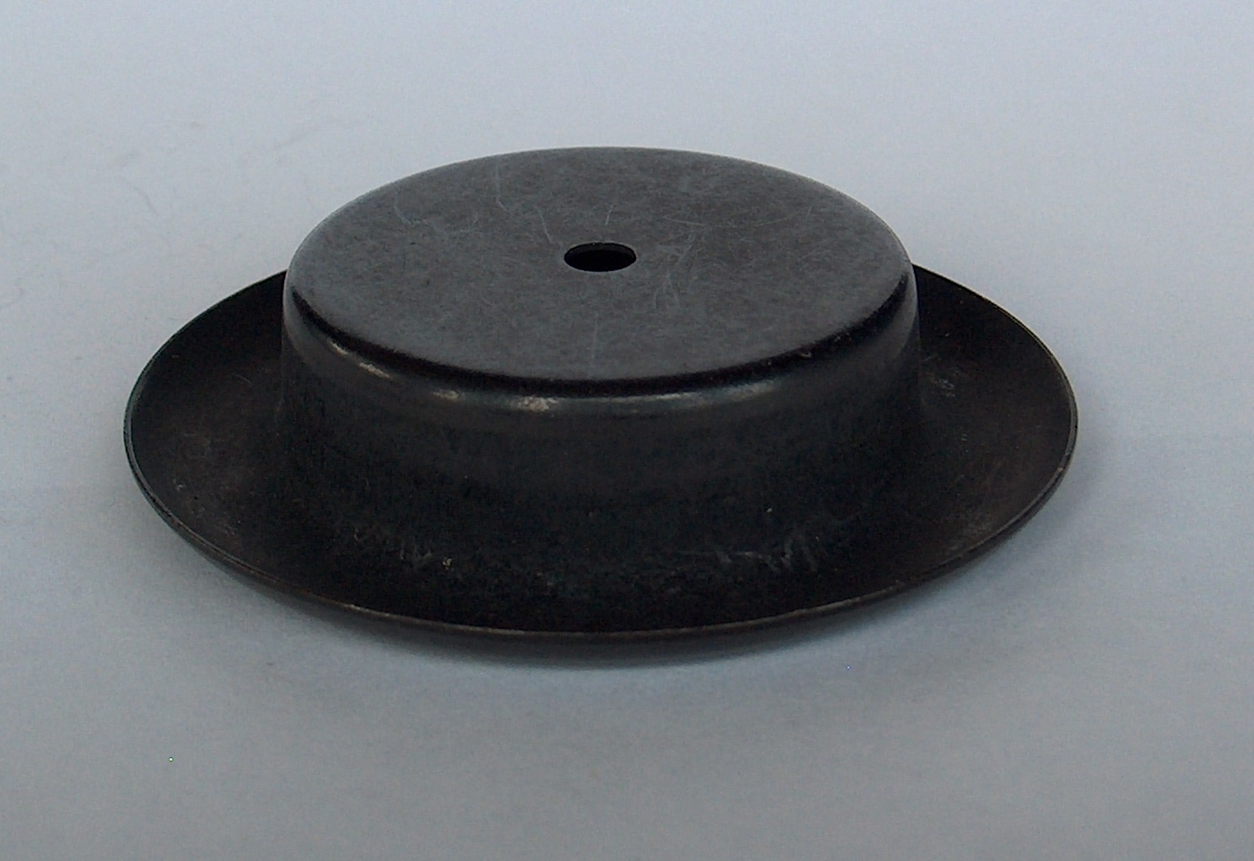51-444-01  BLACK TOP FOOT CUP